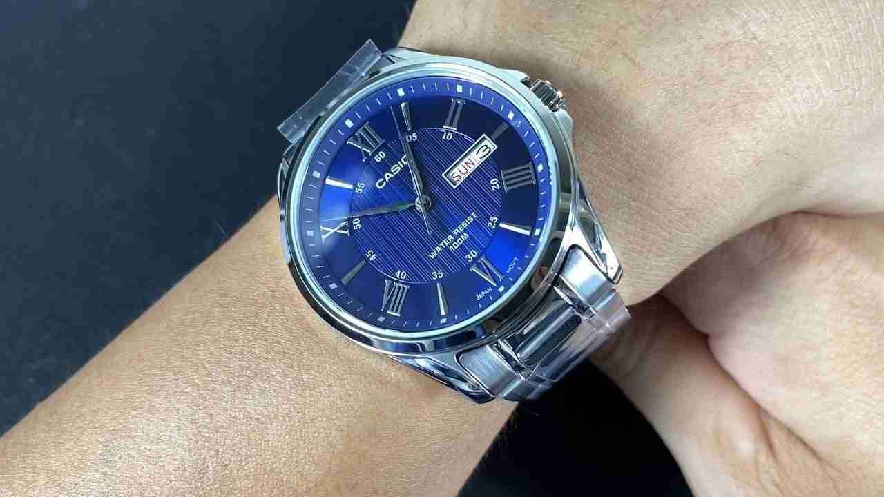 mtp-1384d-2av-blue-roman-dial
